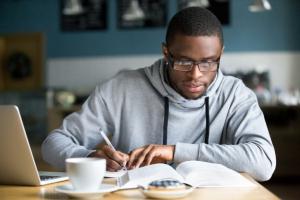 Bourses complètes pour les étudiants africains