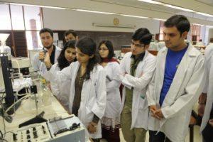 Goedkoopste privé medische universiteit in Pakistan