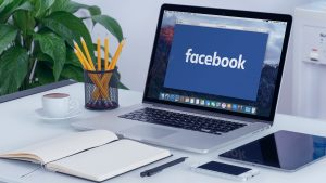 Ways to Earn a Living from Facebook