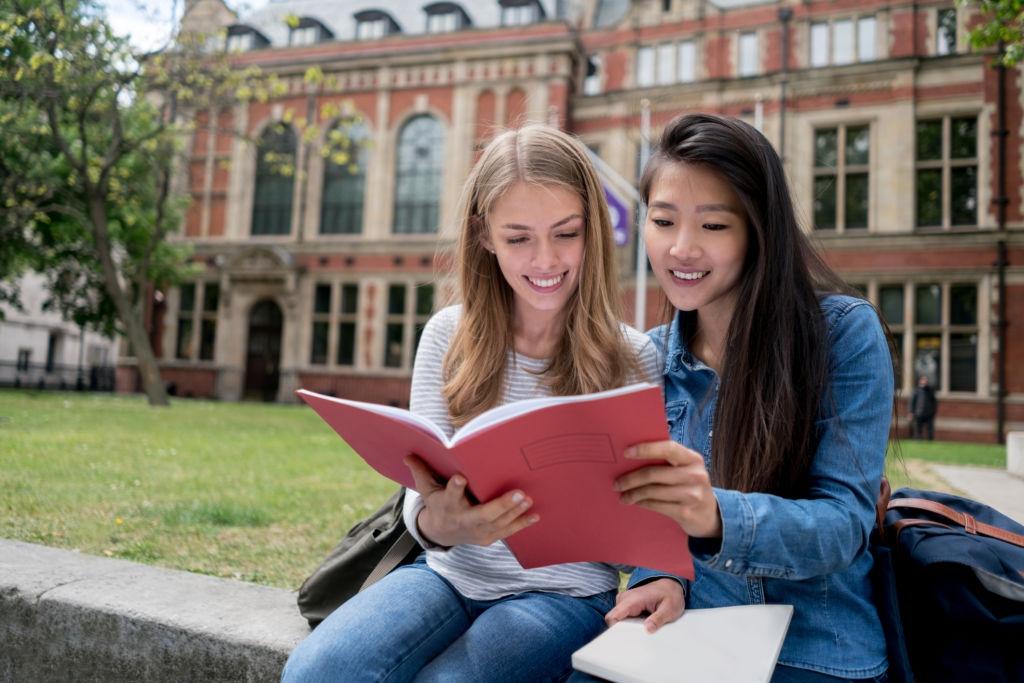 English Scholarships Application Portal
