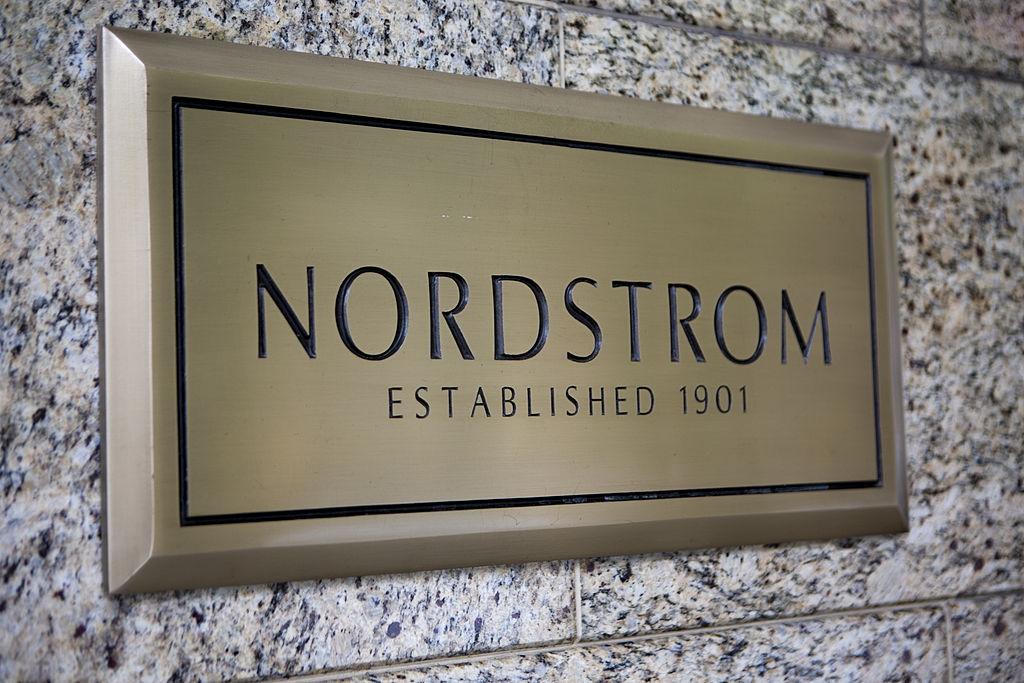 Mises à jour du portail de candidatures du programme de bourses d'études Nordstrom 2020/2021