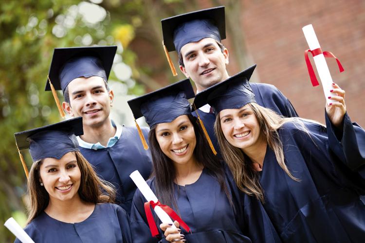 Top 16 Essay-beurzen voor studenten