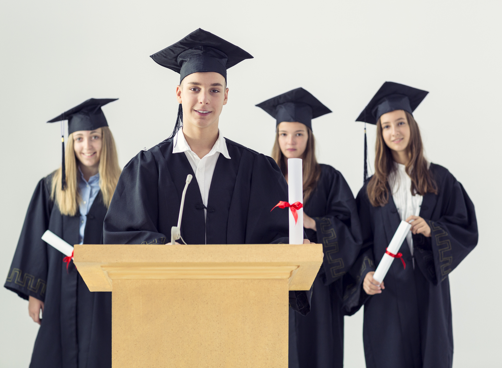 Top 16 Essay Scholarships for Students