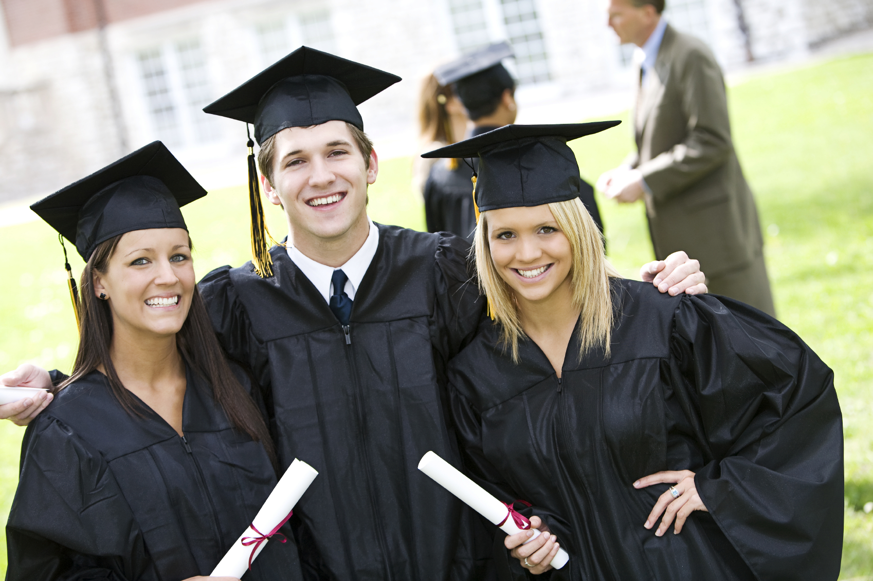 Some Study Abroad Scholarships in 2020 and Where to Access them