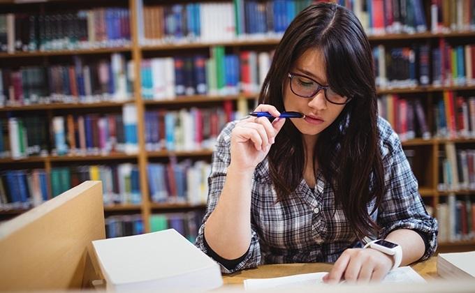 المنح الدراسية الممولة تمويلا كبيرا 2020 للطلاب الدوليين بوابة البوابة