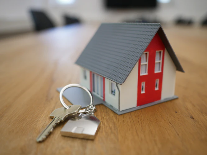 What Kind of Degree Do You Need to Be A Real Estate Agent?