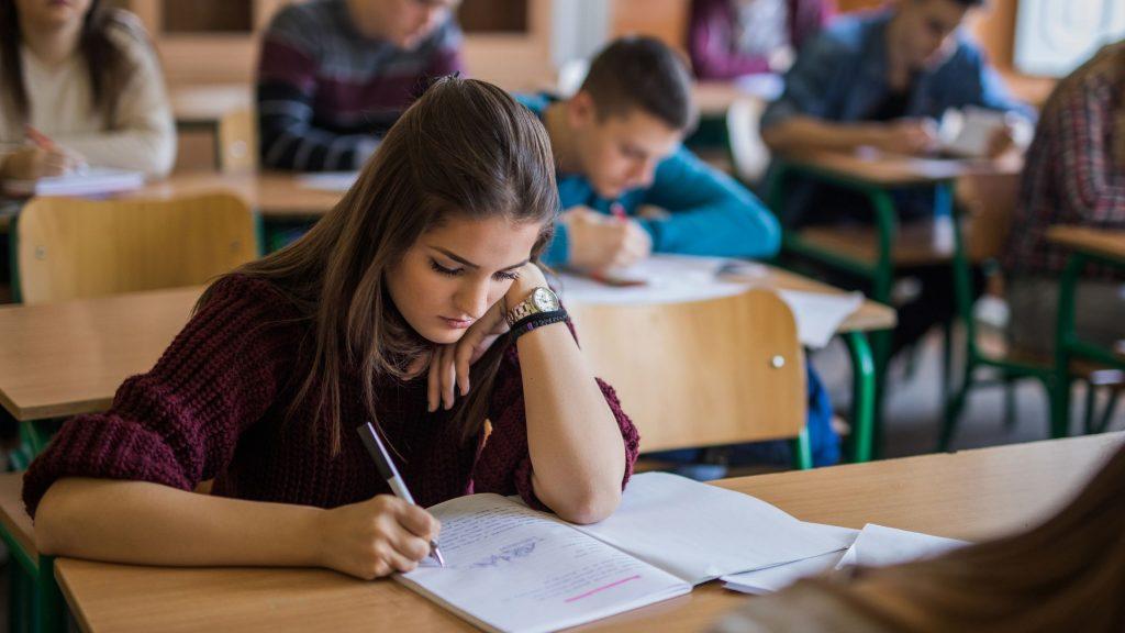 Top Fifty Plus 6th Grade Argumentative Essay Topics 2021