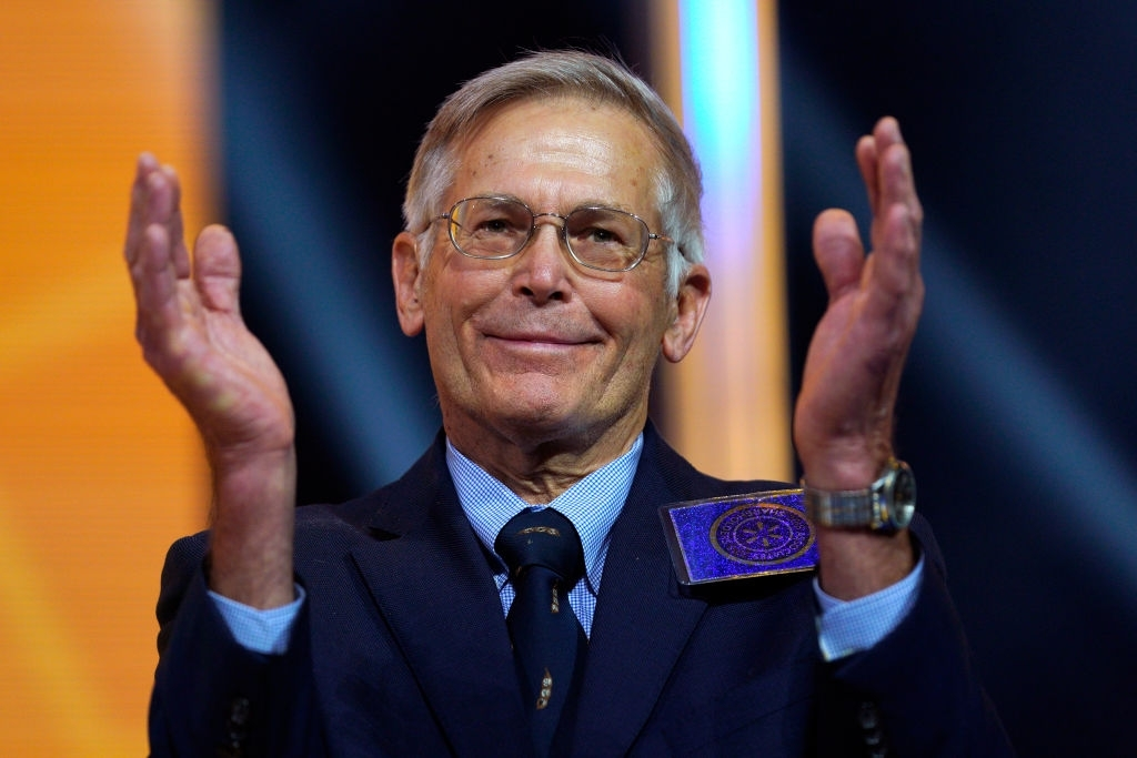 8. Jim Walton - USA