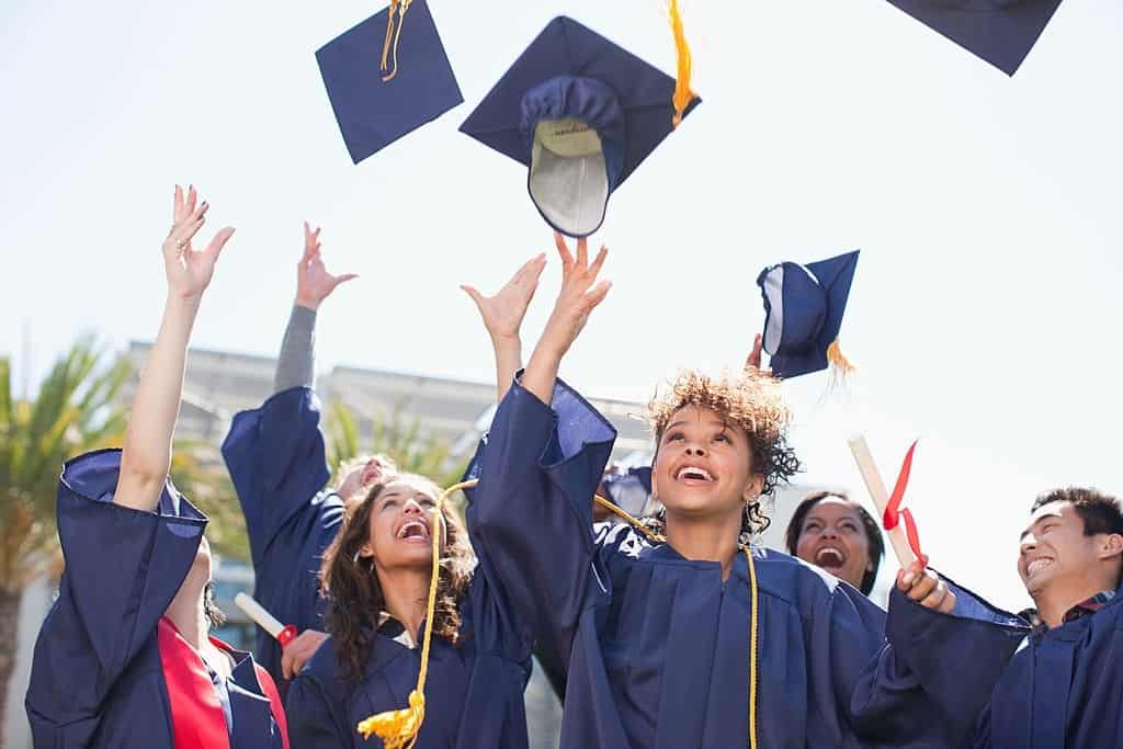Scholarships to Study in USA 2021