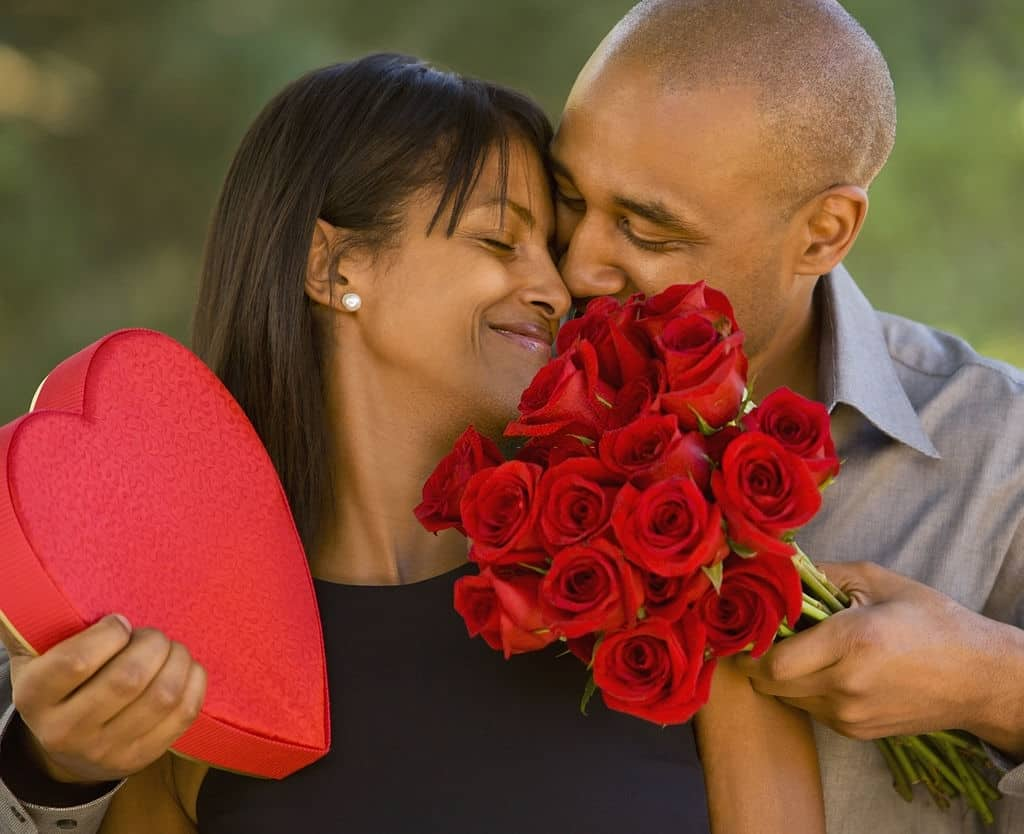 100 Romantic Valentine Day Messages, Wishes and Quotes