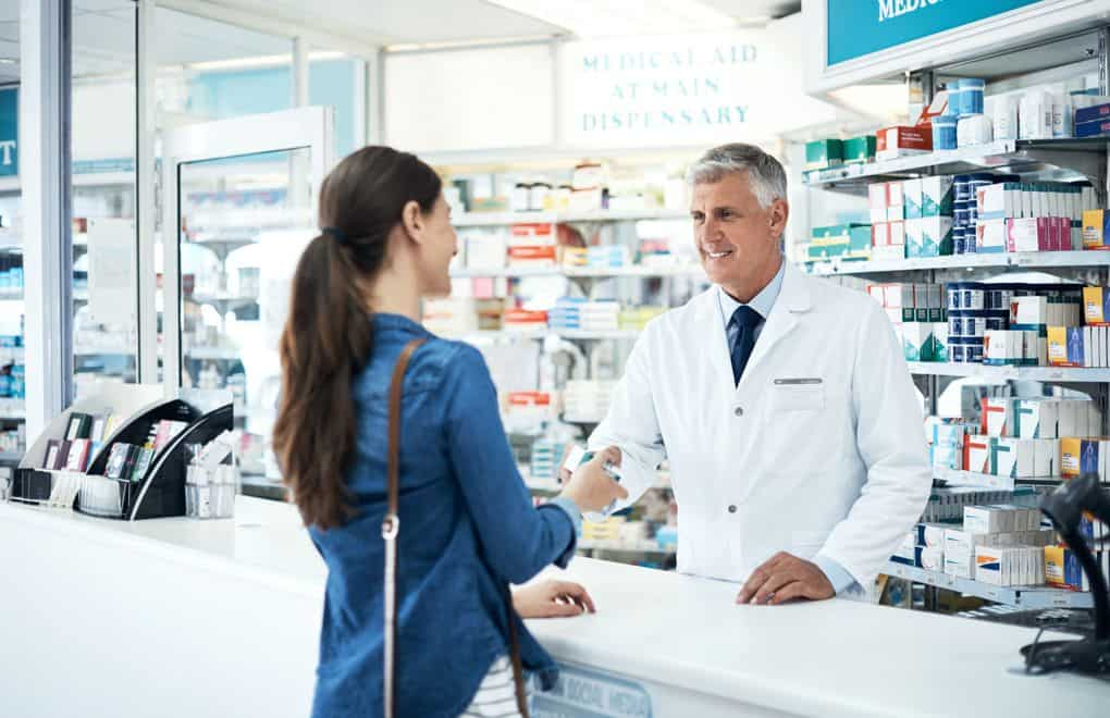 """Convincing ways to Answer the question"""" Are Pharmacists Doctors?"""