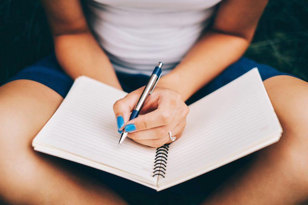 2021 Essay Scholarships for Undergraduate Students
