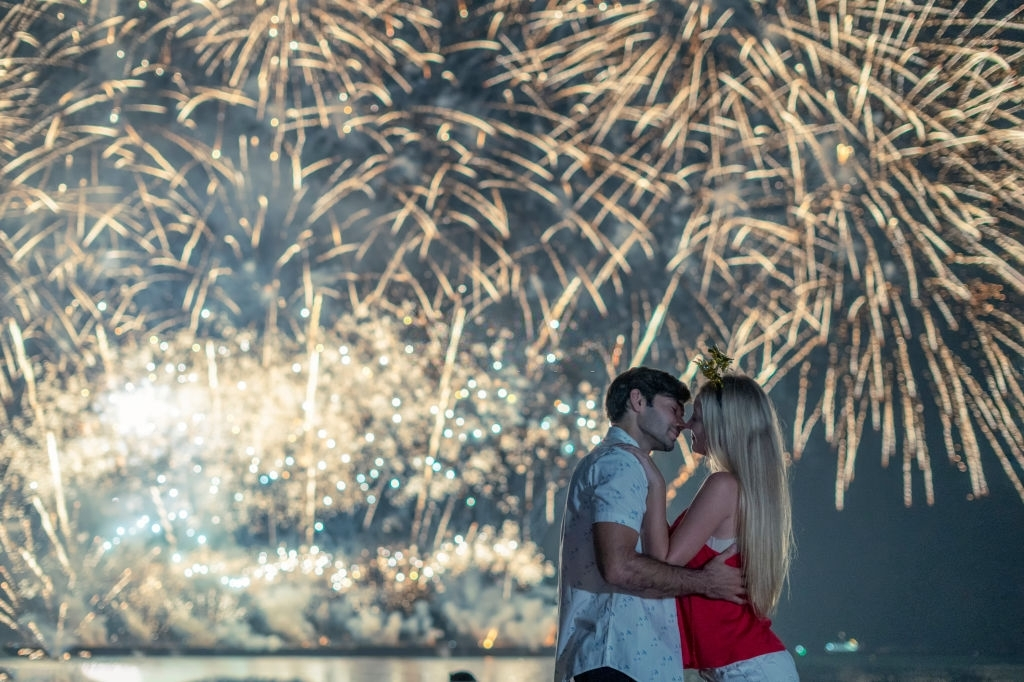 Pleasant and Romantic New Year Messages for Lovers