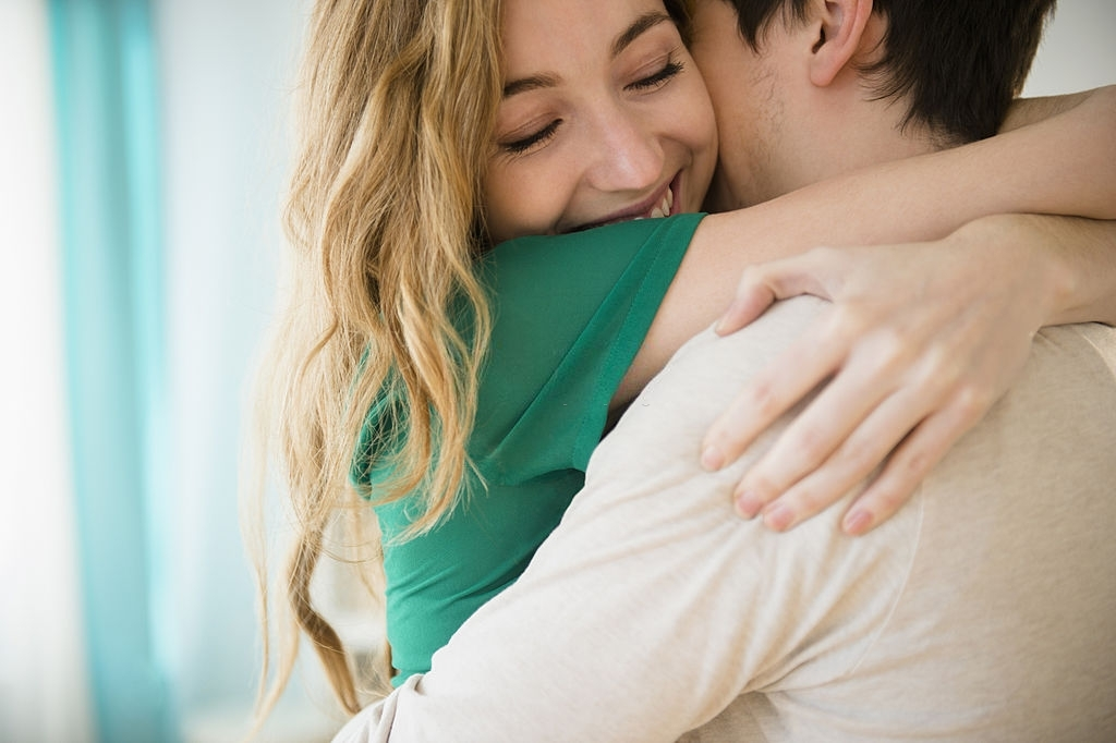 148 I Love You Messages for Her with Enticing and Thrilling Words