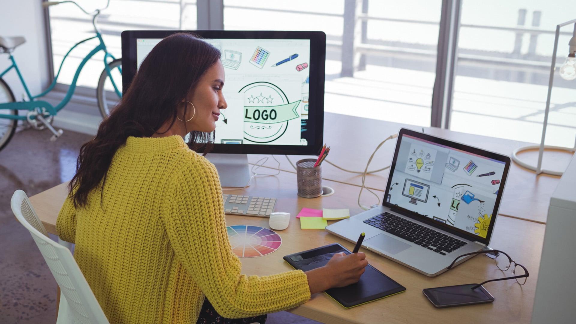 Graphic Designer Job Description 2021 Trending Update